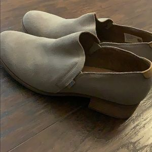 Toms Shoes - Suede Women's Shaye Low Booties